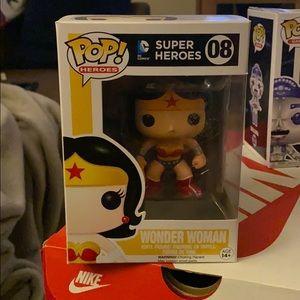 Pop Vinyl: Super Heroes #08 Wonder Woman